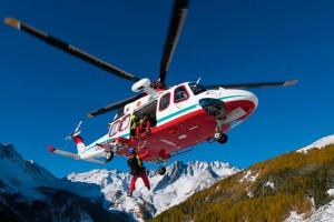 Alpejskie Pogotowie Ratunkowe, helikopter w akcji.