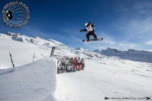Snowpark dla snowboardzistów Indiana Park w Breuil - Cervinia