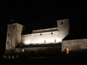 Zamek w Issogne noca