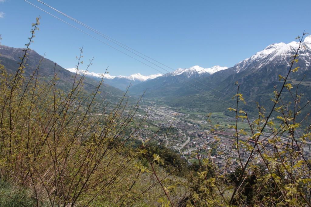 Widok na Monte Emilius z Trasy Salassi