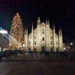 Un po di atmosfera natalizia a Milano quasinatale christmaslighting mediolanhellip