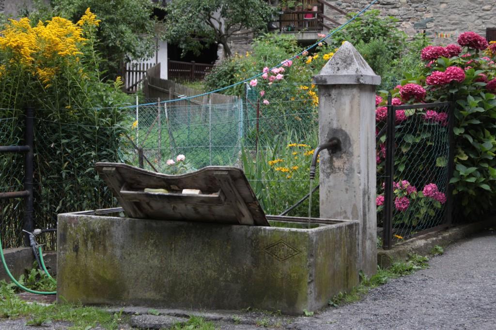 Fontanna w miejscowości Aymavilles