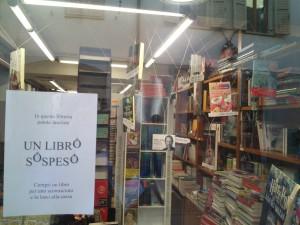 Bookcrossing, pomysł jednej z księgarni w centrum Aosty.