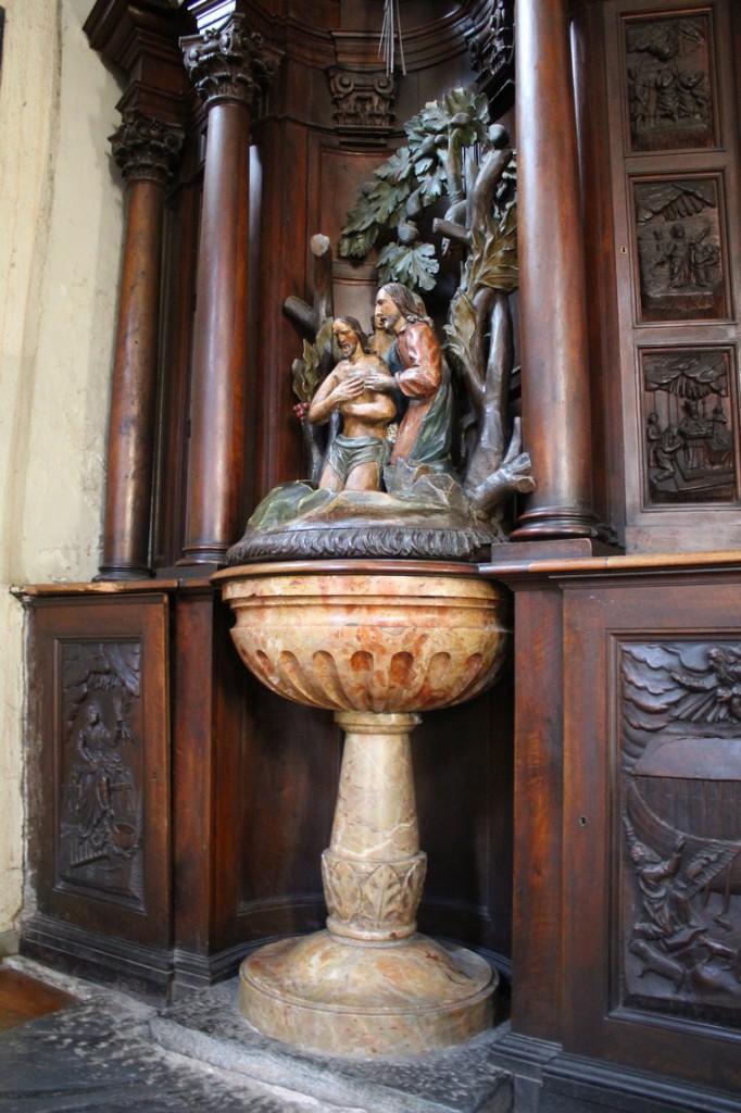 Baptysterium w kościele Sant'Orso