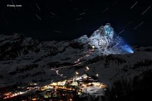 Rozświetlone Monte Cervino. Autor Stefano Jeantet