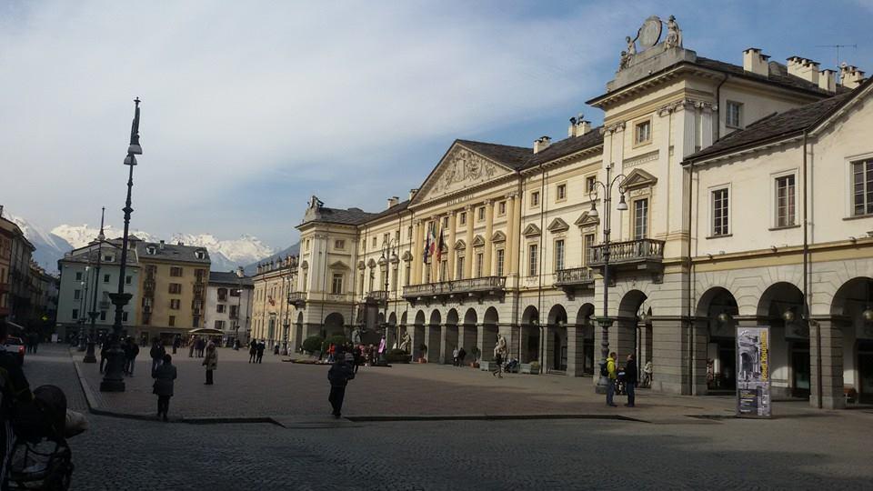 Główny Plac Aosty Piazza Chanoux