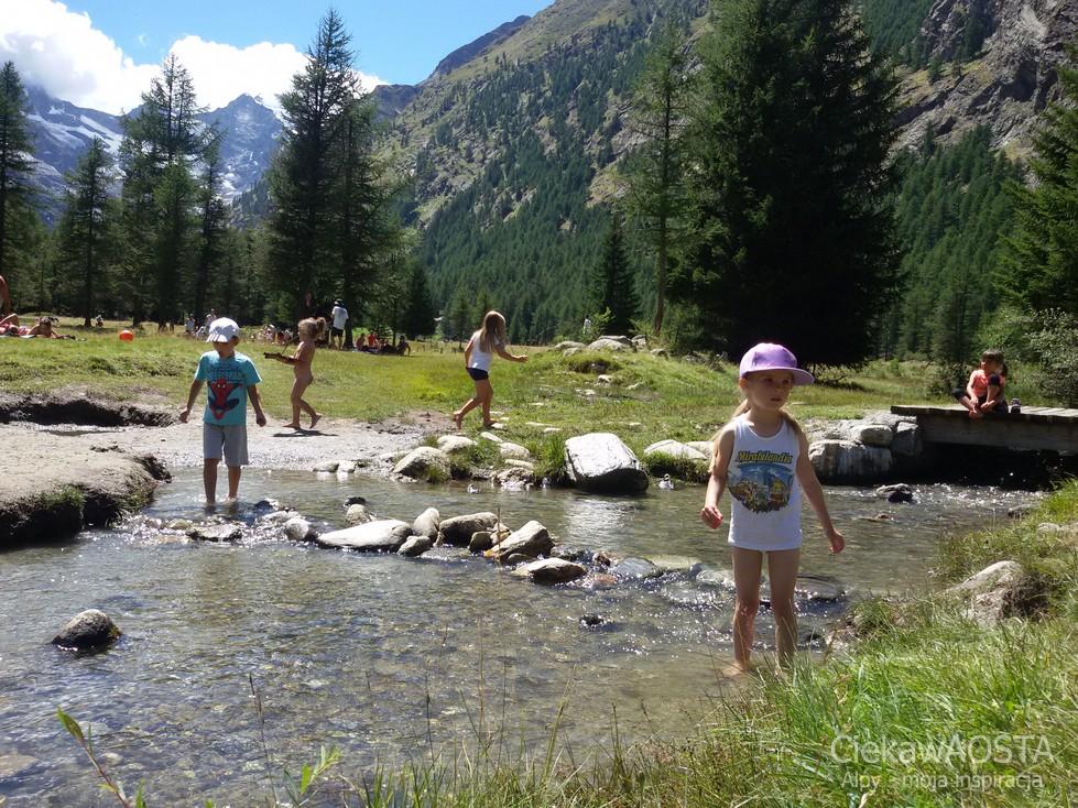 Valnontey w Parku Narodowym Gran Paradiso. Nigdzie dalej nie idzimy. Tu jest jak w raju! Szczególnie dla dzieci :-)