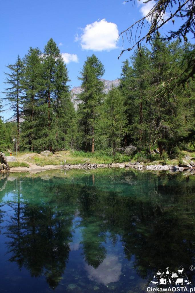 Jezioro Pellaud w najbardziej zielonej dolinie regionu.