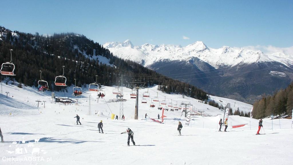 Ośrodek narciarski Pila, 17 minut kolejką linową od Aosty.