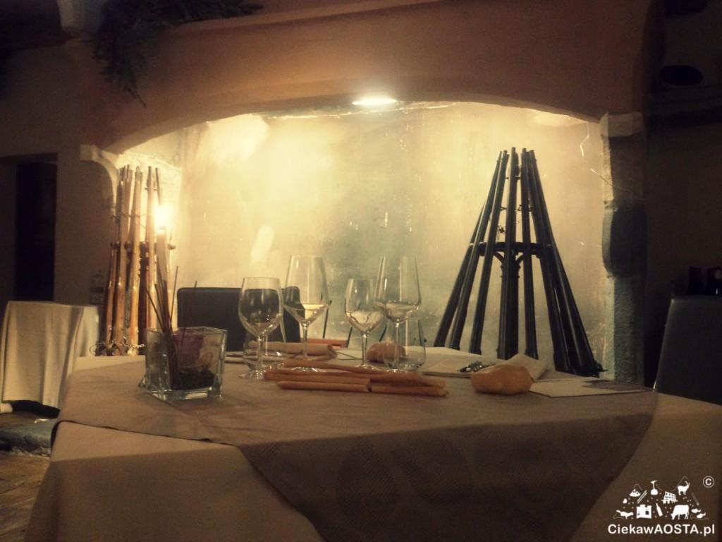 Wnętrze restauracji Signori di Avise.