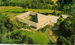 Klasztor Karmelitanek Bosych w Quart.