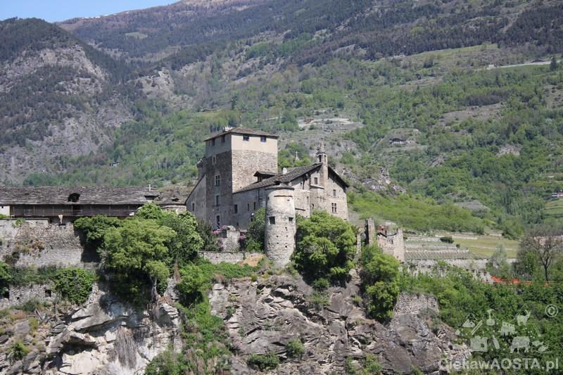 Sarriod de la TOur widziany z drogi Chavonne-Aymavilles.