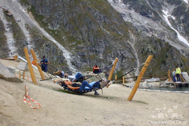 Dzieci na tratwę, my na hamak i można zamieszkać w wysokich górach.