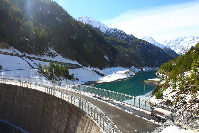 Zapora wodna w Valgrisenche obniżona o 52 metry pomiędzy 2011 i 2015 r.