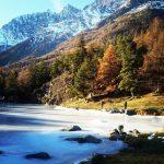 Zima w grach jest magiczna kolory zamarzniete jezioro bionaz lagolexerthellip