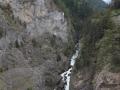 Widok z tarasu na rzeke Dora di La Thuile