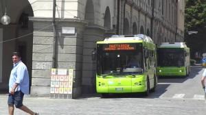 Transport lokalny w Dolinie Aosty, na zdjęciu autobus przewoźnika SVAP. Źródło: www.valledaostaglocal.it