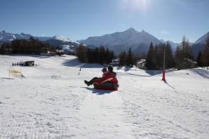 Snowpark Vétan w Saint-Pierre. W tle szczyt Monte Grivola (kliknij w zdjęcie, aby je powiększyć).