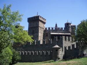 Zamek w Fènis