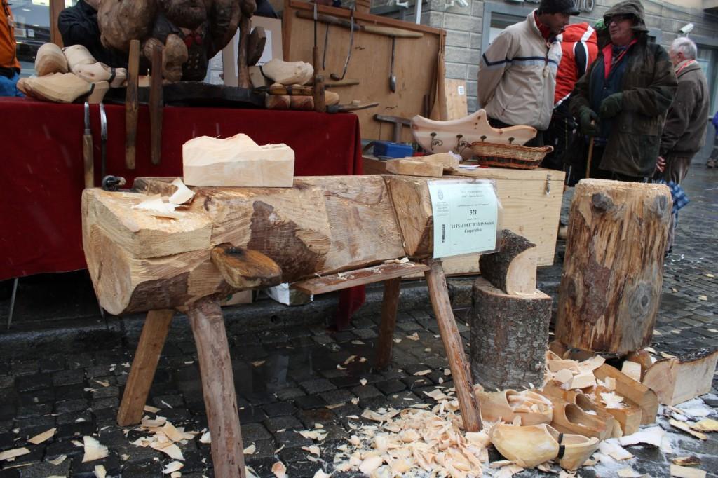 Warsztat szewski podczas targów rękodzieła w Aoście Fiera di Sant'Orso 30 i 31 stycznia 2014 roku