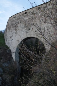 Most akwedukt Grand Arvou w Porossan.