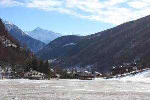 Miejscowość Ollomont. Zagubiona gdzieś w Alpach i nie dotknięta masową turystyką.