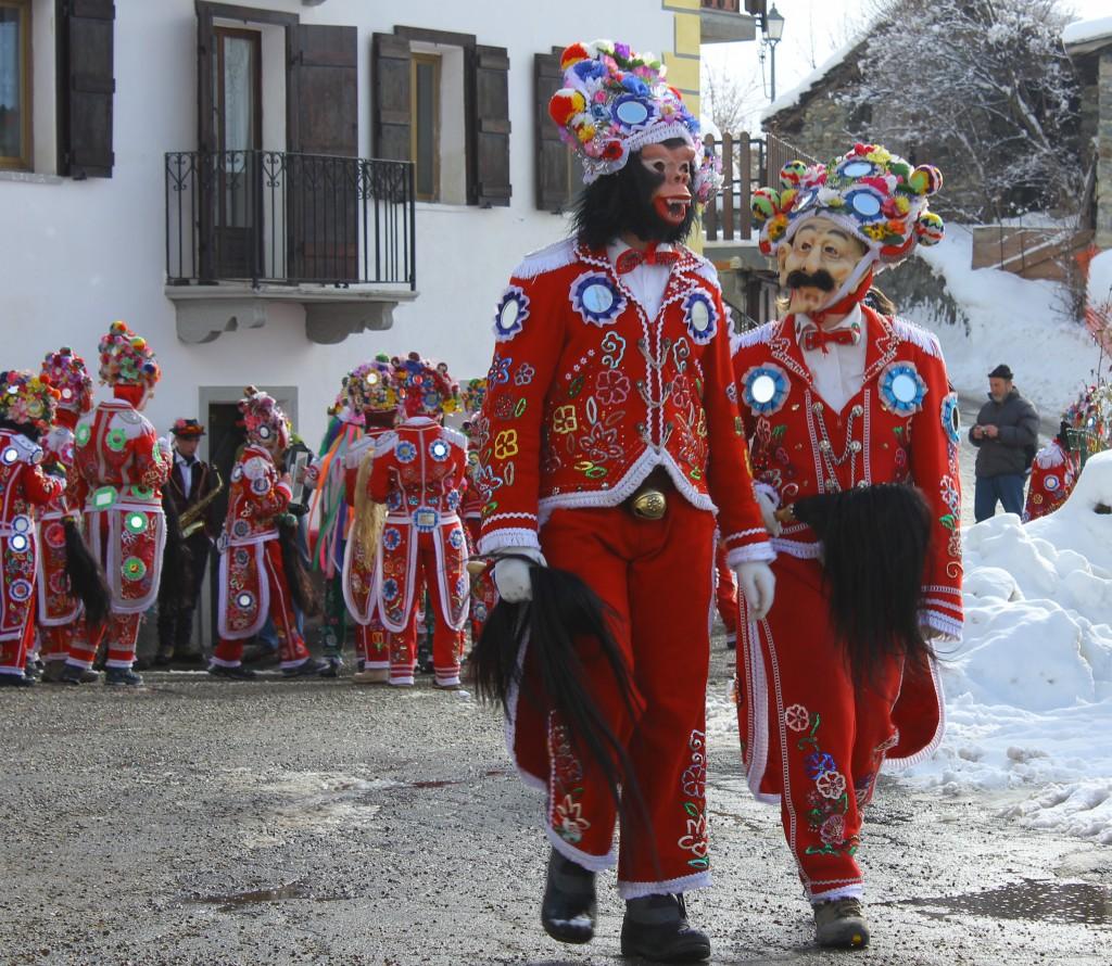 Tradycyjne maski w Allein