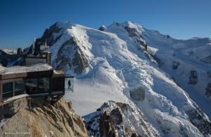 Pas dans le vide -Step into the vide - Krok w otchłań, taka atrakcja na Aiguille du Midi! Źródło TU.