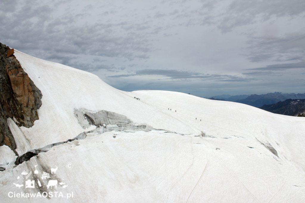 Alpiniści w drodze... Kierunek?