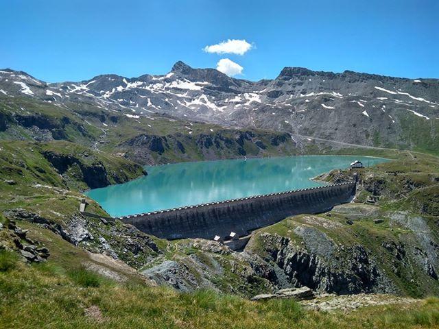 Alpejskie jezioro Goillet
